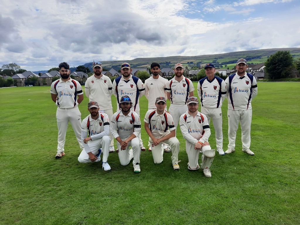 Weekend Round-Up: 1sts send out statement of intent with with over Edenfield