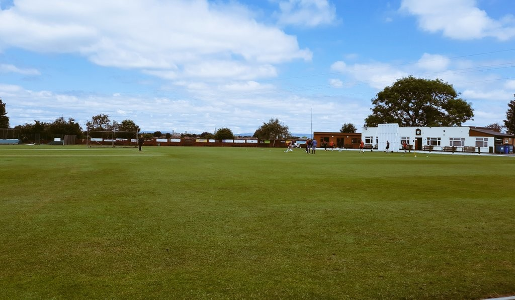 Report: Runs piled on by duo in a perfect weekend for our senior sides