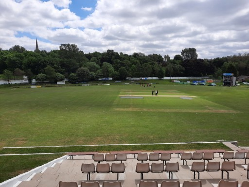 Report: Gorton and Baig lead 1s to six points at Royton